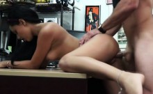 Teen gets a big dick in her crack