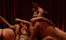 Amateur couple try the orgy room in a famous swinger club