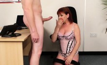 Wicked bombshell gets cumshot on her face eating all the jui