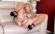 Olivia Saint Masturbation and anal sex in lingerie