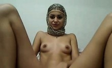 Petite arabian girl masturbating and squirt