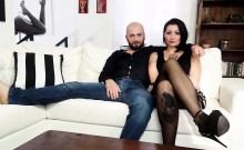 CASTING ALLA ITALIANA - Alternative babe fucked in audition
