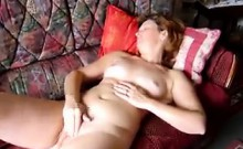 Mature amateur lady plays with her pussy in homemade video