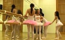 Sex pro teaches Hot ballet girl orgy